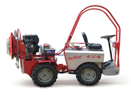 "Agricultural sprayer ""Saar 12"" – Self propelled Sprayer"
